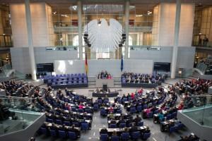 Wer wird demnächst in den Regierungsreihen Platz nehmen? Foto: Bundestag/ Steins.